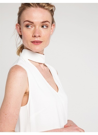 Kolsuz Yakası Bant Detaylı Bluz-Love'n Fashion Paris